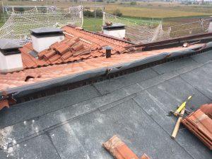 rifacimento copertura ventilata a falde inclinate in coppi