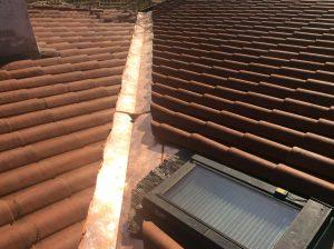 rifacimento linea compluvio di tetto a falde inclinate